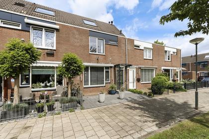 Selma Lagerlof-Erf 189 in Dordrecht 3315 AV