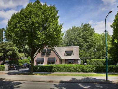 Burgemeester De Beaufortweg 45 in Leusden 3833 AE