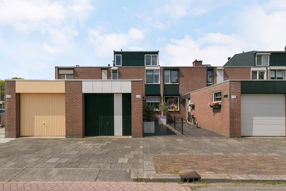 Bark 118 in Barendrecht 2991 JG