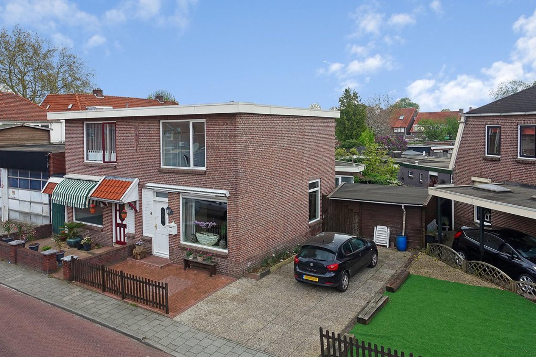 Irisstraat 4 in Almelo 7601 BR