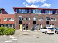 Dijkpoort 17 in Nieuw-Vennep 2152 ER