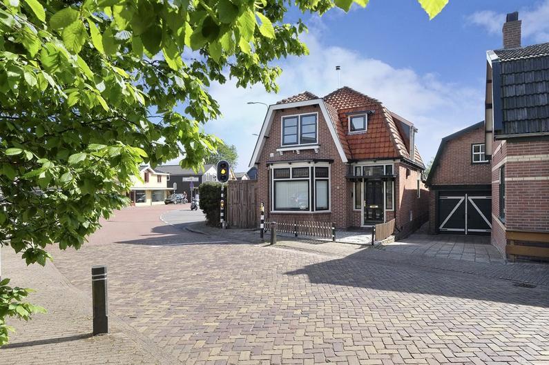 Dorpsstraat 3 in Broek Op Langedijk 1721 BA