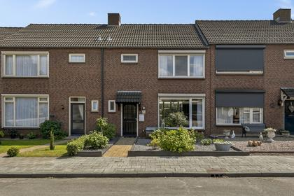 Kanariestraat 33 in Mill 5451 VK