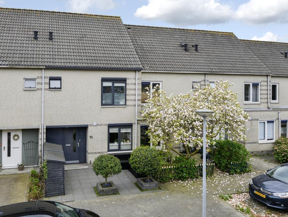 Kuifmees 15 in Uithoorn 1423 NK