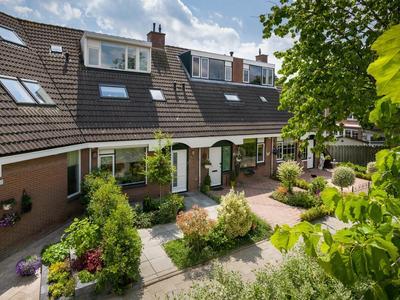 Schouw 50 in Barendrecht 2991 DK