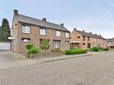 Pastoor Verhagenstraat 13 in Sittard 6137 SE
