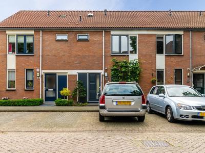 Muiderschans 28 in Nieuwegein 3432 XN