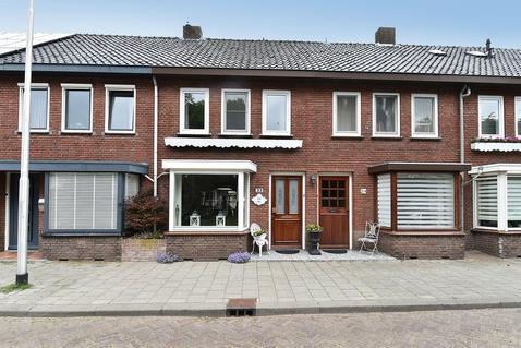Hagelkruisplein 23 in Tilburg 5038 ME