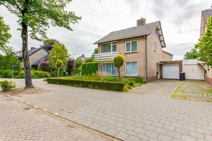 Achthoevenstraat 32 in Udenhout 5071 AS