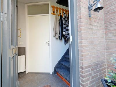 Koningstraat 64 in Born 6121 HT