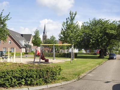 Tuinstraat 4 in Weurt 6551 ZK