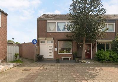 Asterstraat 57 in Geleen 6163 TS