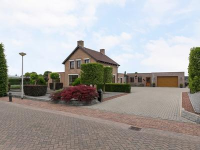 Lindestraat 16 in St. Willebrord 4711 RM