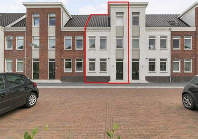 Rhijnvis Feithlaan 60 in Zwolle 8021 AM