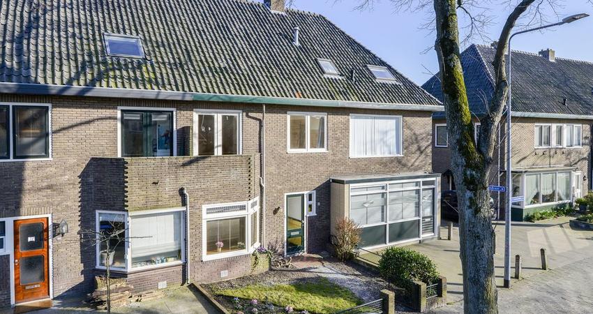Larenseweg 118 A in Hilversum 1222 HL