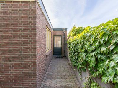 Vincent Van Goghstraat 3 in Zundert 4881 CD