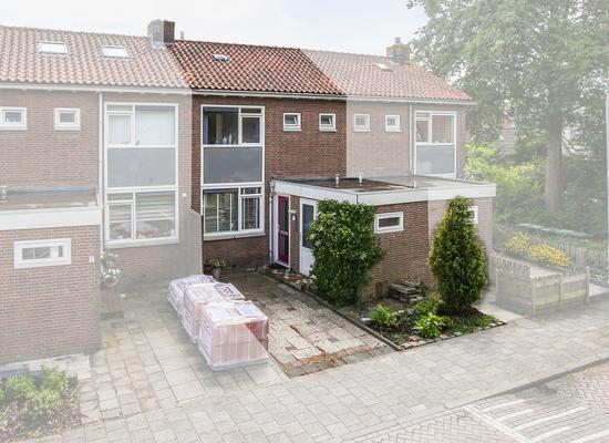Berlagestraat 17 in Lekkerkerk 2941 GA