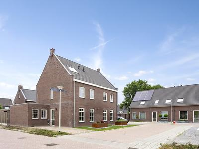 Esdoornstraat 20 in Someren 5712 NS