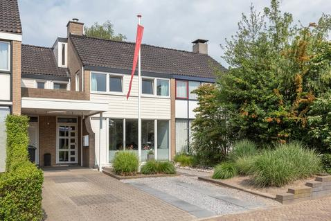 Flemingstraat 16 in Hengelo 7555 BN