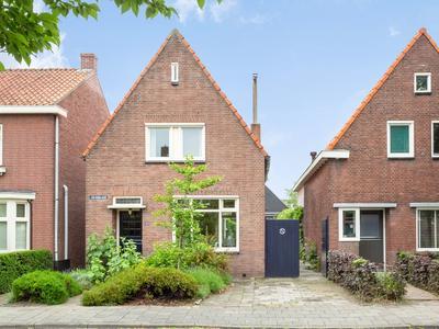 Julianalaan 22 in Oosterhout 4905 BD