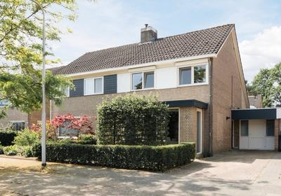 Houtveld 12 in Udenhout 5071 TL