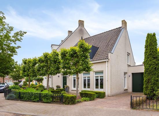 Iekendonksevoort 65 in Helmond 5706 HH