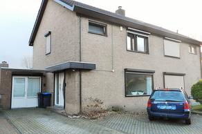 Dr. Albert Schweitzerstraat 47 in Hoensbroek 6431 VE
