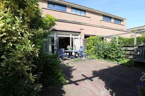 Perobahout 8 in Zoetermeer 2719 KR