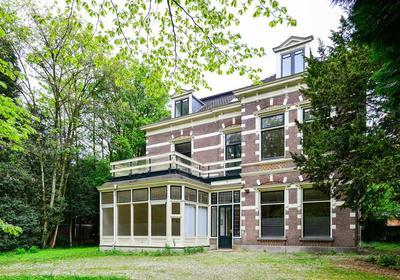 Gerrit Van Der Veenlaan 14 in Baarn 3743 DP