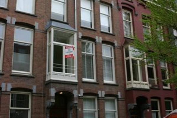 Johannes Verhulststraat 131 -Bv in Amsterdam 1071 NA