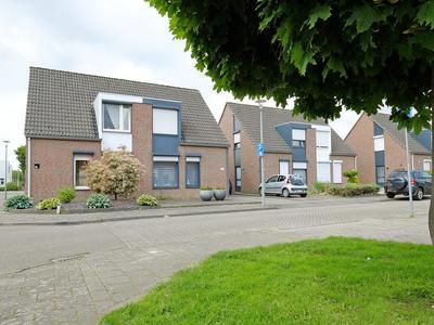 Dr. Willem Dreesstraat 28 in Hoensbroek 6431 WG