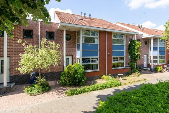 Jean Desmetstraat 7 in Almere 1325 PK