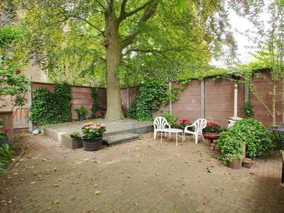 Van Hilligaertstraat 45 in Amsterdam 1072 JX