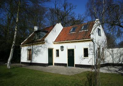 Raaphorstlaan 10 A in Wassenaar 2245 BG