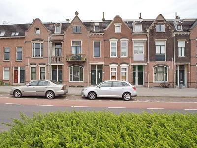 Parallelweg 26 in Vlaardingen 3131 DG