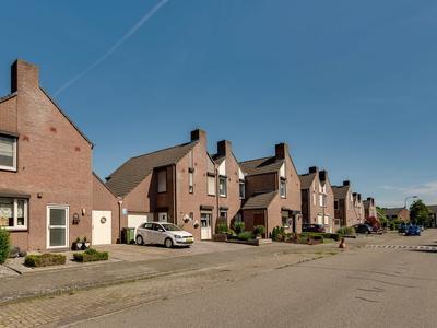 Sterrenbosweg 72 in Reuver 5953 GM