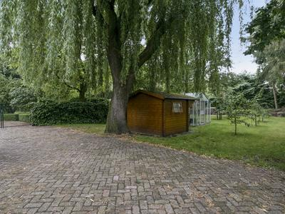 Moerdijkse Postbaan 22 in Etten-Leur 4872 LJ