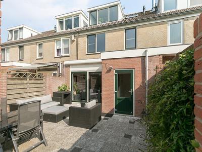 Cornelis Spronghplantsoen 35 in Hoogmade 2355 BV