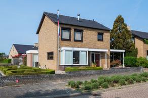 Prof.Van Der Leeuwstraat 43 in 'S-Heerenberg 7041 WV