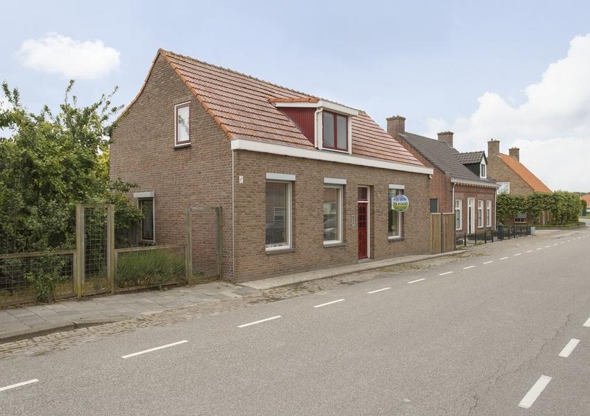 St. Jozefstraat 25 in Noordhoek 4759 BC