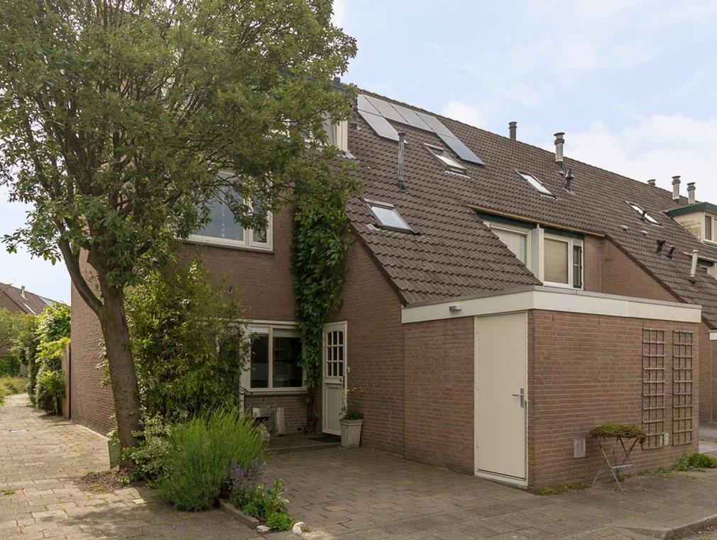 Bunuelstrook 39 in Zoetermeer 2726 RX