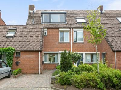 Burchtenlaan 8 in 'S-Hertogenbosch 5235 GJ