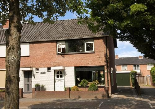 Saturnusstraat 35 in Hengelo 7557 LK
