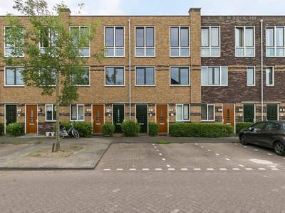Anubisstraat 96 in Almere 1363 XJ