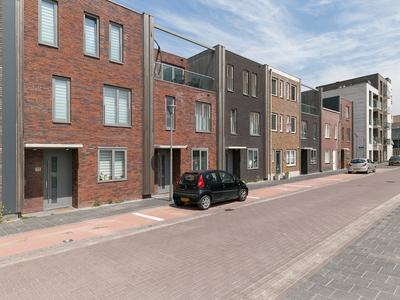 Ierlandstraat 54 in Almere 1363 DK
