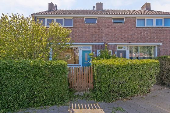 Bloemenlaan 17 in Vlissingen 4382 SB
