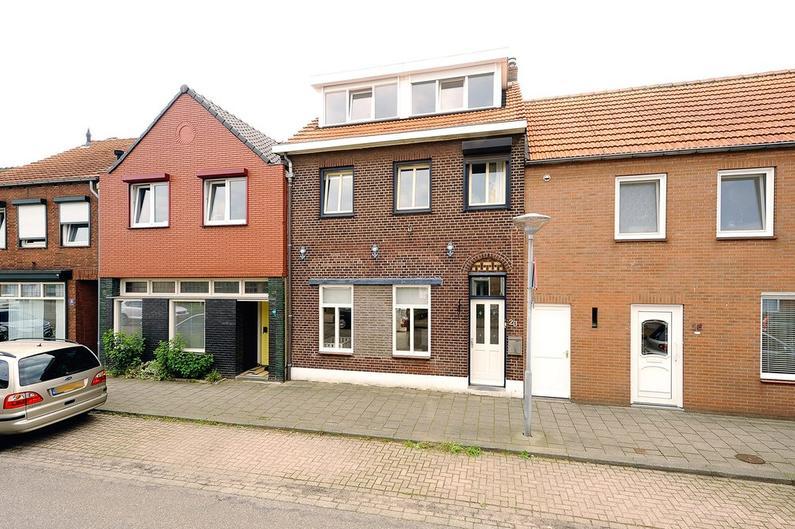 2E Graaf Van Loonstraat 20 in Venlo 5921 JE