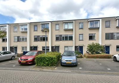 Floris Versterstraat 55 in Almere 1328 CR