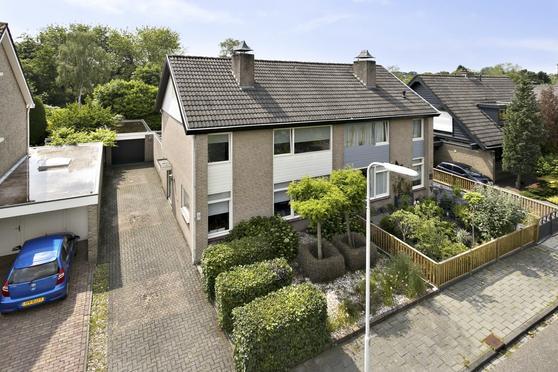 Basaltdijk 51 in Roosendaal 4706 DR