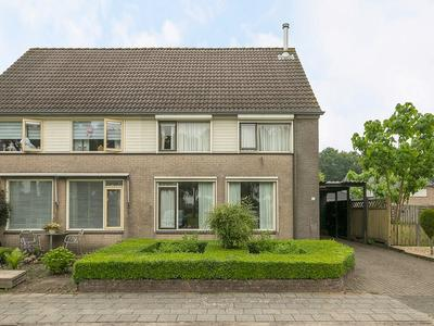 Rustenburgsweg 64 in Oldebroek 8096 AC